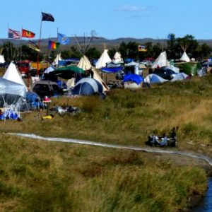 Indigenous Resolve 'Stronger Than Ever' as Feds Order DAPL Protest Camp Shut Down