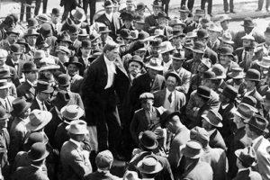 IWW Riot - man speaking to crowd - 1911