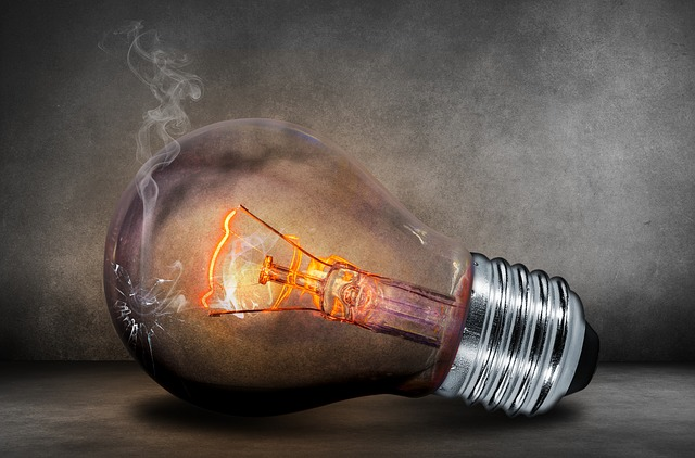 burned light bulb photo